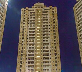 ready to move apartments in noida